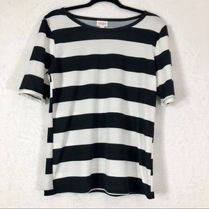LuLaRoe Tops - LuLaRoe Black and White Top